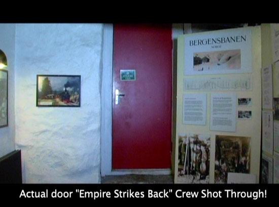 Türe aus der man heraus Mark Hamill in Norwegen gefilmt hat.